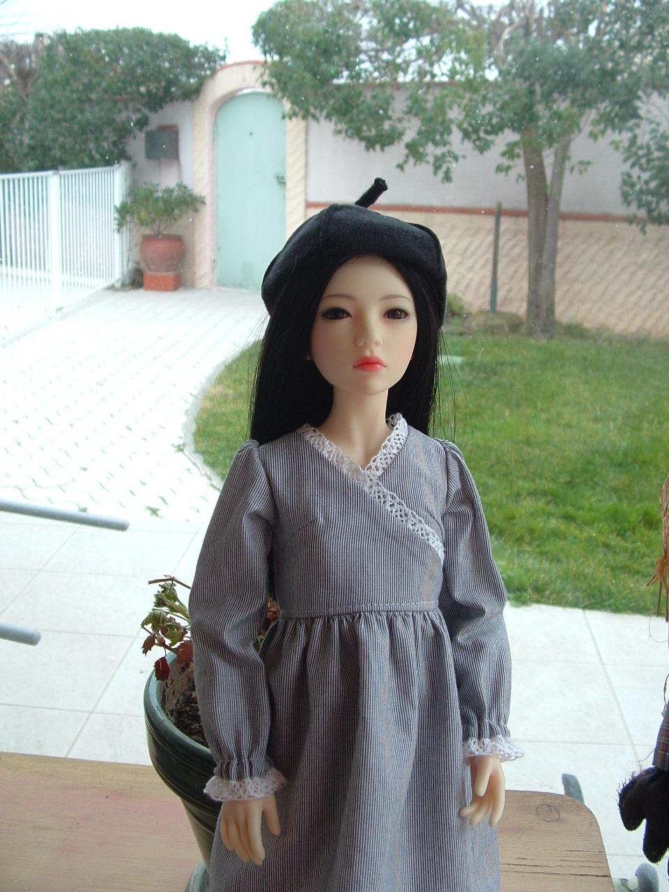Je vous présente Mitsuko, ma belle Asa - première robe p 2 - autre tenue p 3 - Page 2 Dscf0443