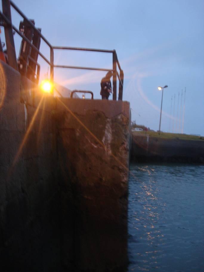 Samedi 13 novembre 2010 ...  sous le sous-marin de la Tour Royale à Toulon... - Page 4 Sdsc0015
