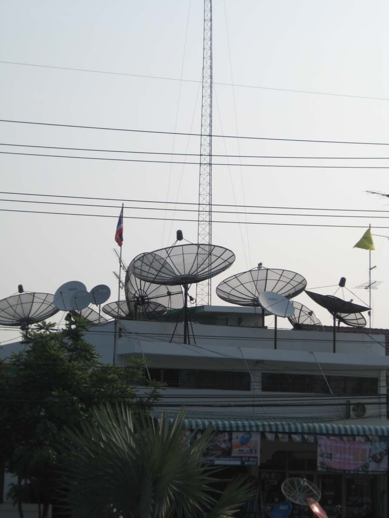 มุมมองใหม่ๆบนหลังคาบ้านคนไทยวันนี้ Img_0115