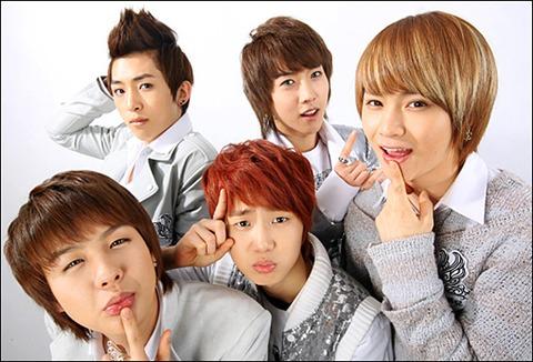 [Photoshoot][17.03.10] Star News 01kiss10