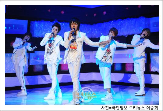 [09.03.10] MTV The M 10030910