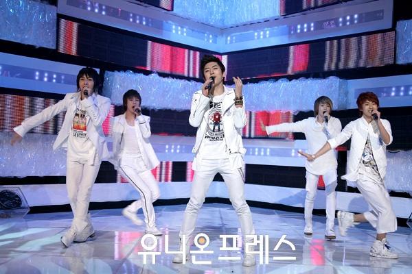 [09.03.10] MTV The M 12681310