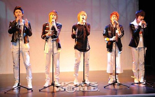 [03.03.10] Début ShowCase + Single's cover 20100310