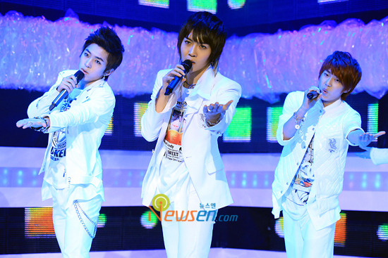 [09.03.10] MTV The M 20100332