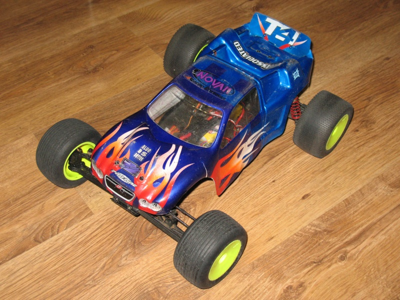 Team Associated RC10T4 Brushless Photo146