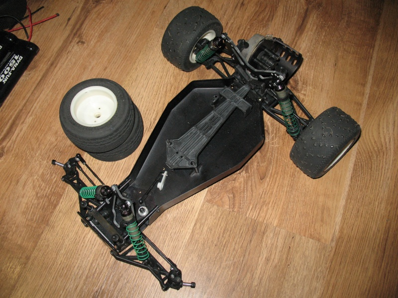 Team Associated RC10T2 Brushless Photo151