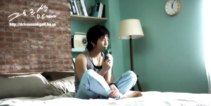Cute Jang Geun SuK in Coffee CM 26bccf10
