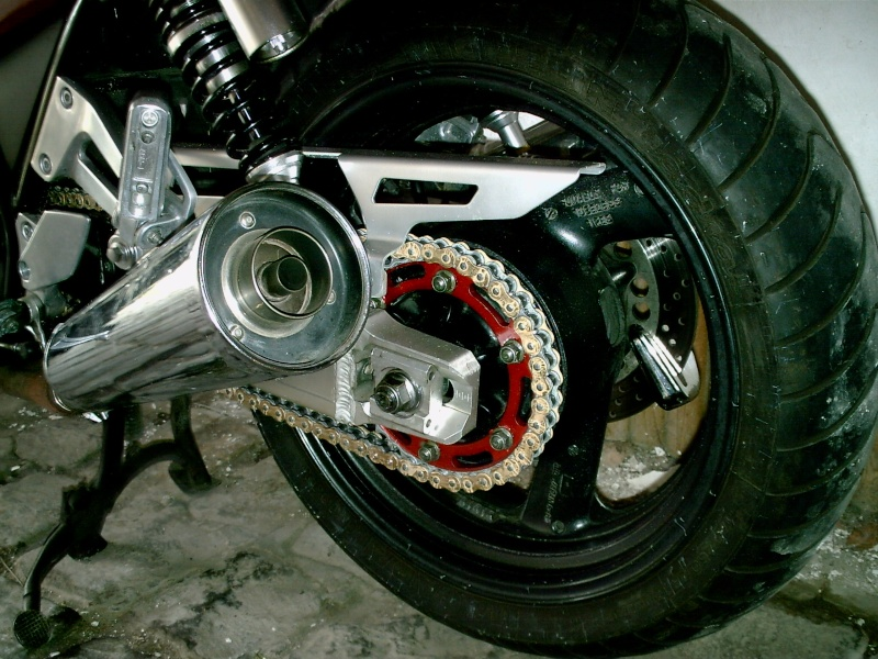Tête de fourche de Ducati Monstro inside ! Pict0015