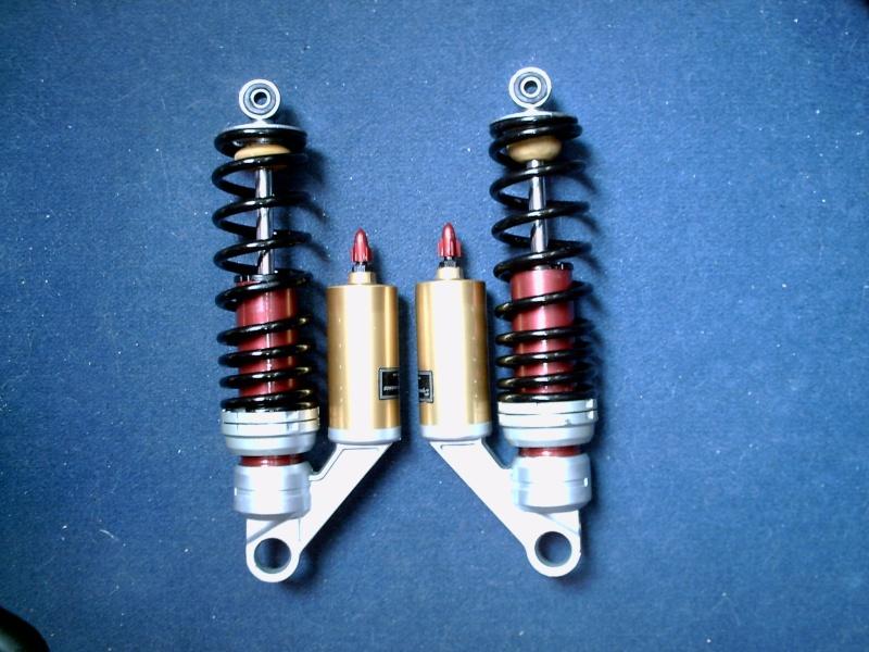 Cherche tuto pour le reconditionnement amortisseur AR Yamaha - Page 3 Pict0028