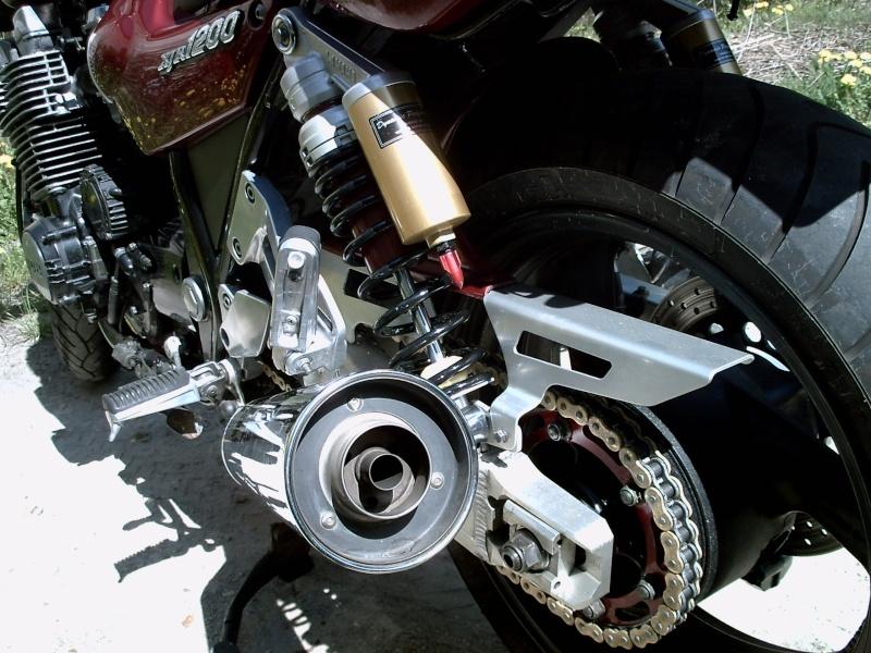 Cherche tuto pour le reconditionnement amortisseur AR Yamaha - Page 3 Pict0034