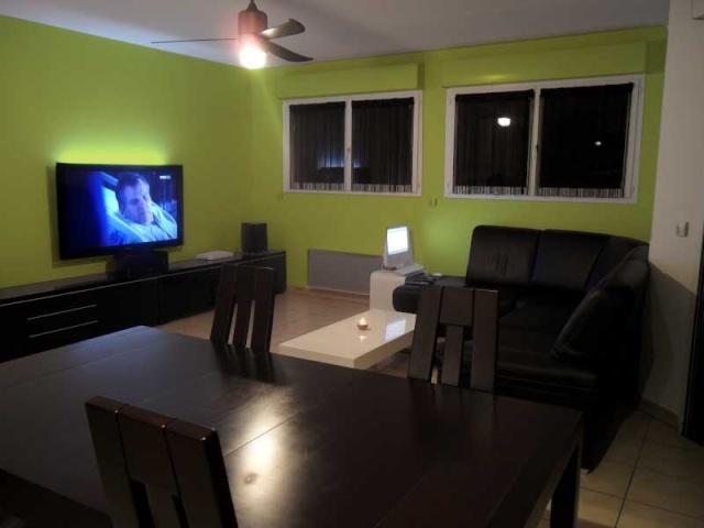 Mon salon/cuisine... Ajout de photos Bentt_15