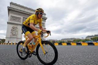 Tour de France  - Page 4 B024110