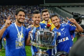 Championnat du Brésil - Brasileirão - Page 10 E3b9f10
