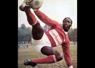 Les Brêves du Football  Jean-p10