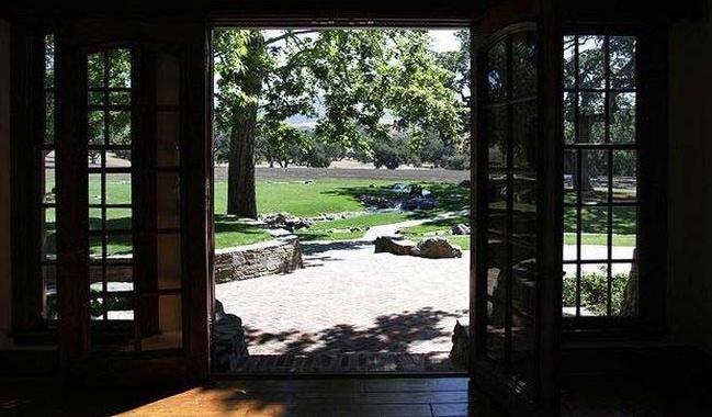 Neverland Valley Ranch - Pagina 2 Immagi59