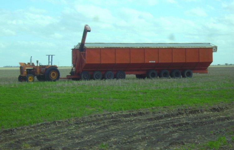 44 tonnes de charge (comme les belges) 62437611