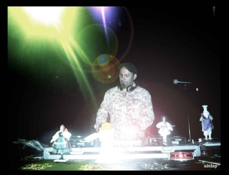 Concert DJ Click, 24 March, 7.30 Pm@ UBCity amphitheatre Dj-cli10