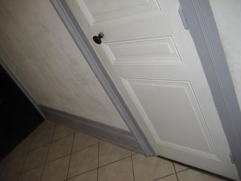 peinture dans le couloir. Black Bedroom Furniture Sets. Home Design Ideas