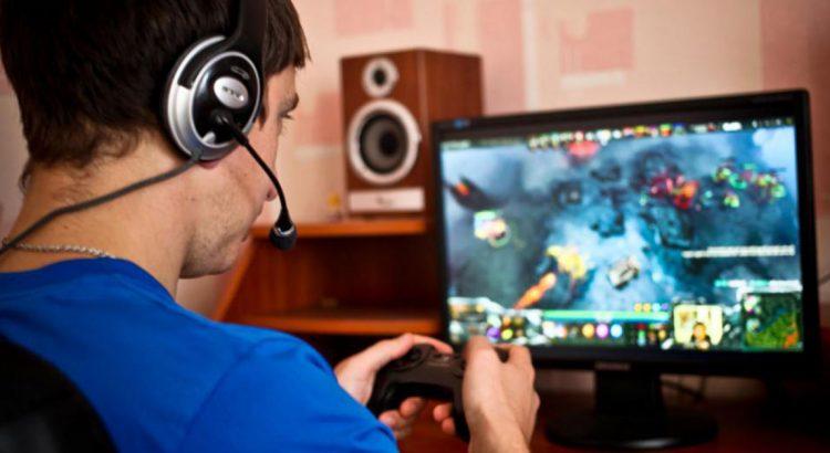 I genitori gli tolgono i videogiochi e lui tenta di avvelenarli Impara10