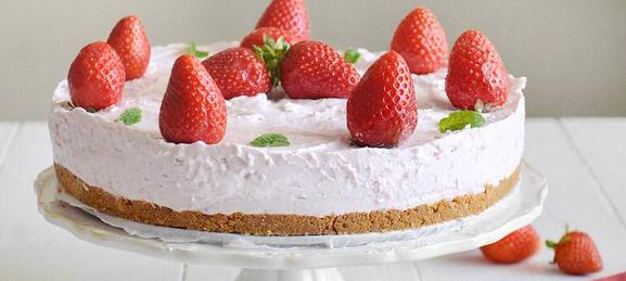 Cheesecake alle fragole Scher534