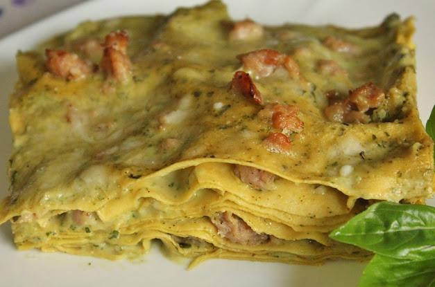 Lasagne con salsiccia e besciamella al pesto di basilico e noci Scher864