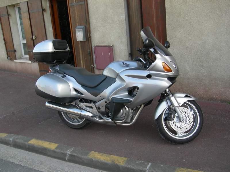 Deauville 650 : pour compléter CBR1000F Titine14
