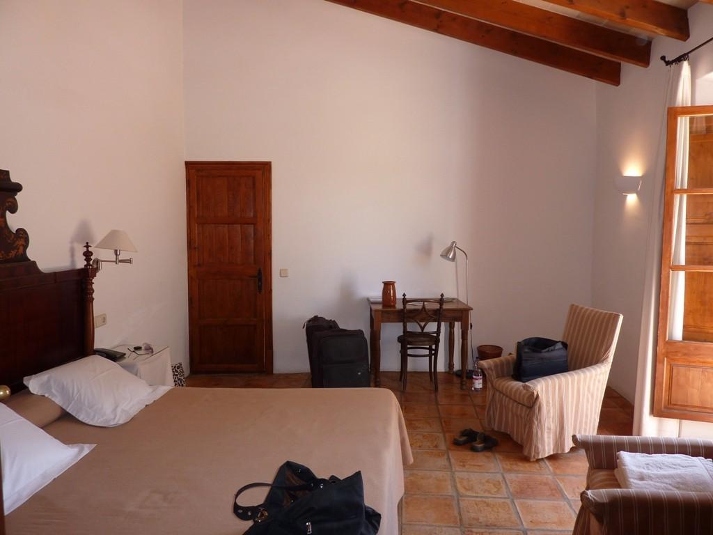 Torrent Fals, near Santa Maria del Cami P1000121