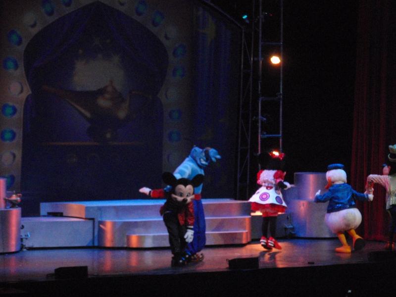 spectacle la bande à mickey - Page 2 Disney13