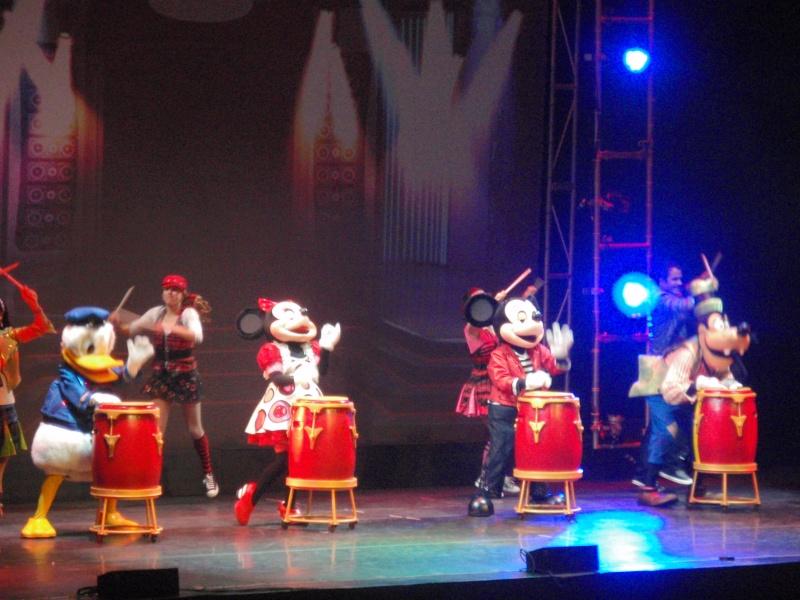 spectacle la bande à mickey - Page 2 Disney19