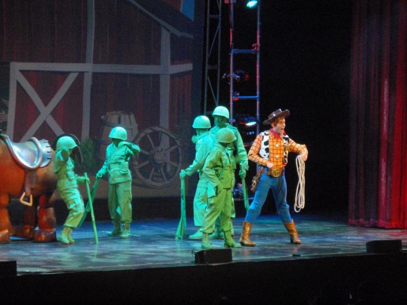 spectacle la bande à mickey - Page 2 Disney23