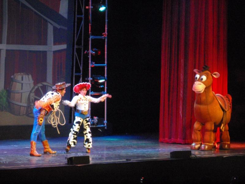spectacle la bande à mickey - Page 2 Disney24