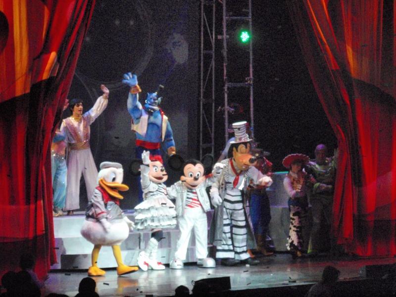 spectacle la bande à mickey - Page 2 Disney29