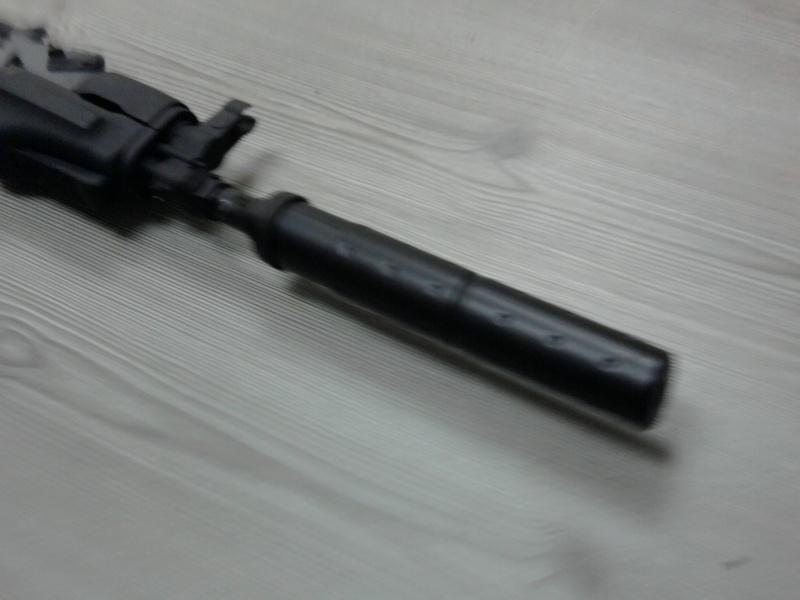 silencieux sur un AK 47 spetsnaz Photo013