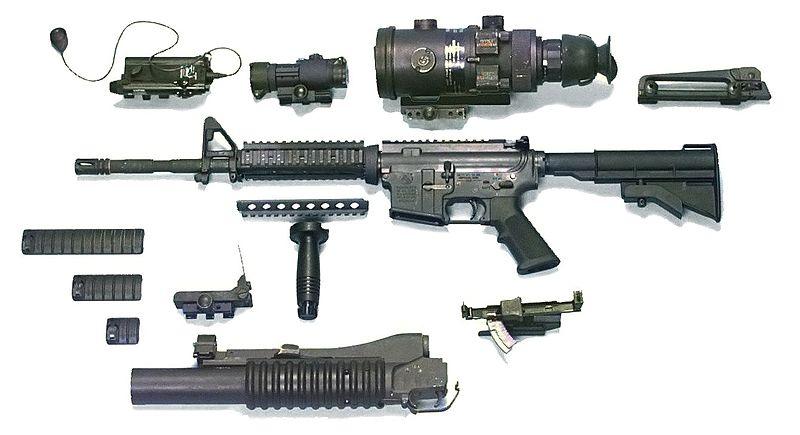 Colt M4 États-Unien 800px-10