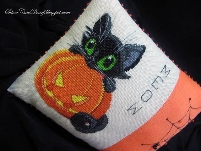SAL Un chat noir pour Halloween 0310
