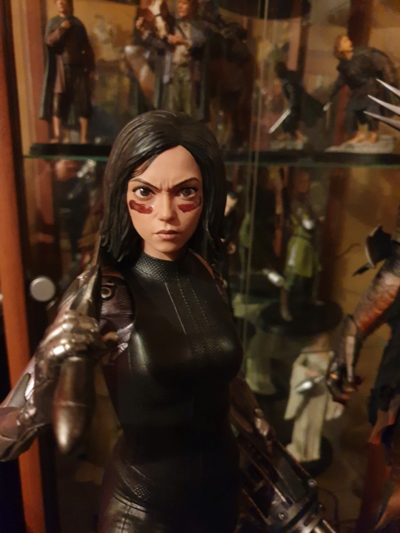 Collection n°233 :yan67(Partie 4) news statues, consoles, lego p10 : 10/01/2021 - Page 9 Alita210