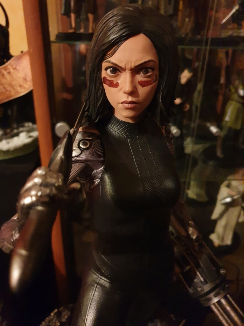 Collection n°233 :yan67(Partie 4) news statues, consoles, lego p10 : 10/01/2021 - Page 9 Alita710