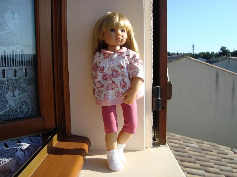 Manon étrrenne son joli pyjama de la boutique de Vanina Manon_57