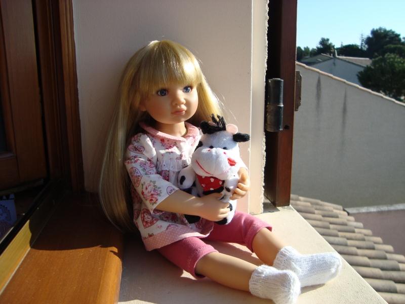 Manon étrrenne son joli pyjama de la boutique de Vanina Manon_58