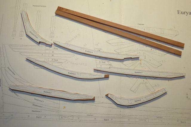 HMS EURYALUS echelle 1:56 par Tiziano Mainardi  - Page 5 P1100334
