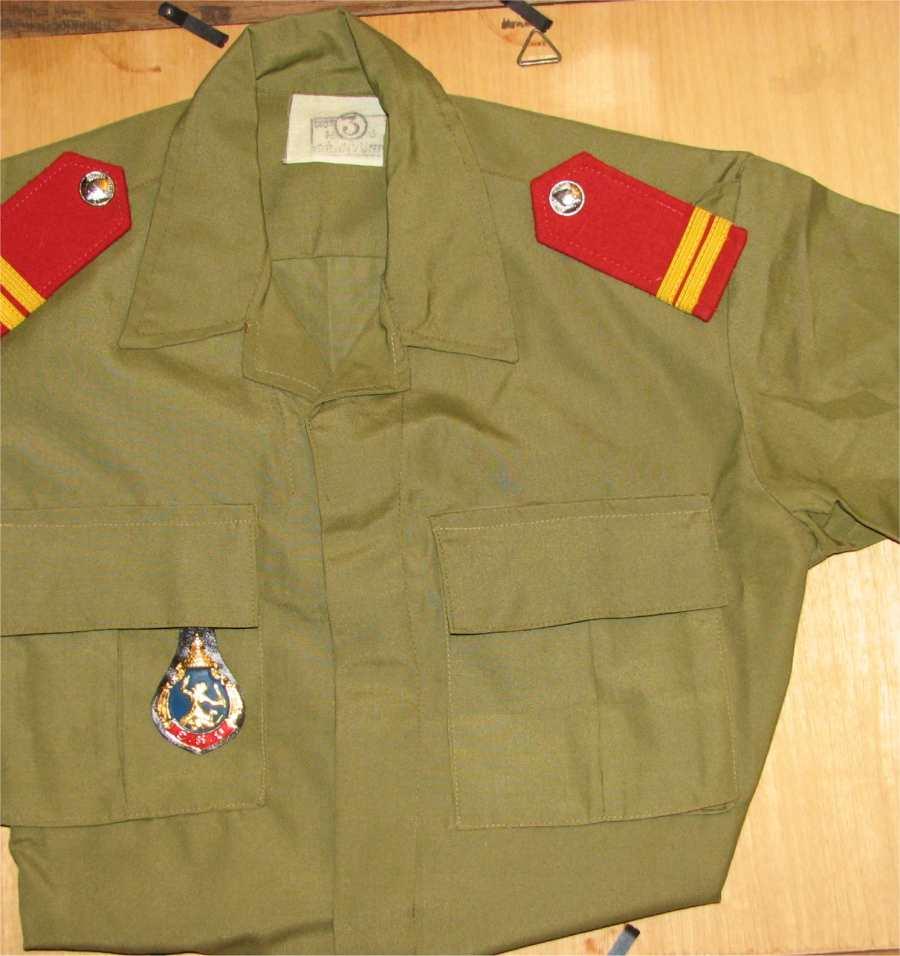 uniformes cambodgiens  Vestec10