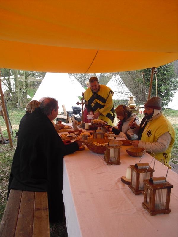 photos camp de Montmagny 2011 Table310