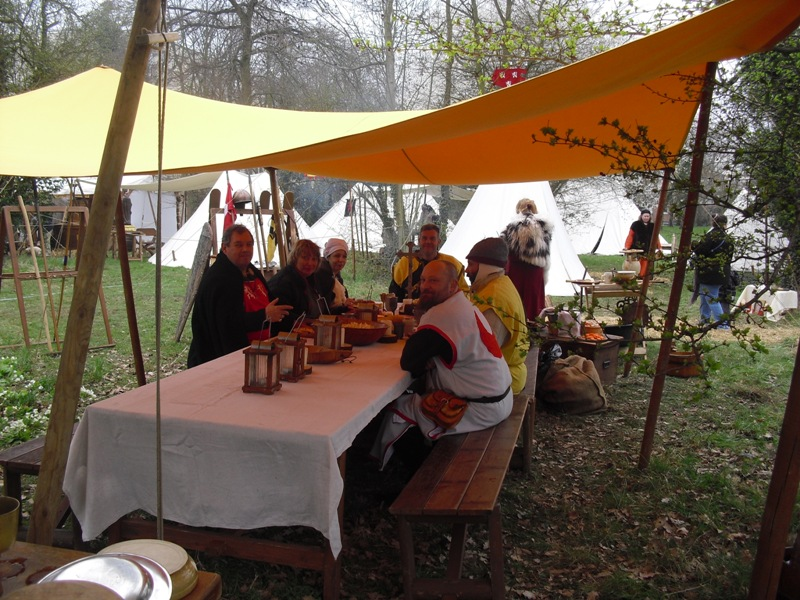 photos camp de Montmagny 2011 Table510