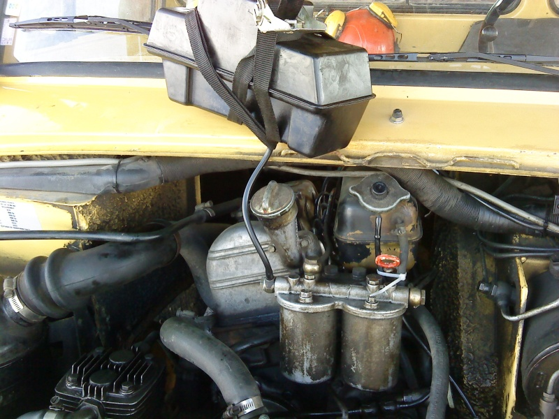 amorcage pompe injection 421 sur moteur 616.911 Dsc00114