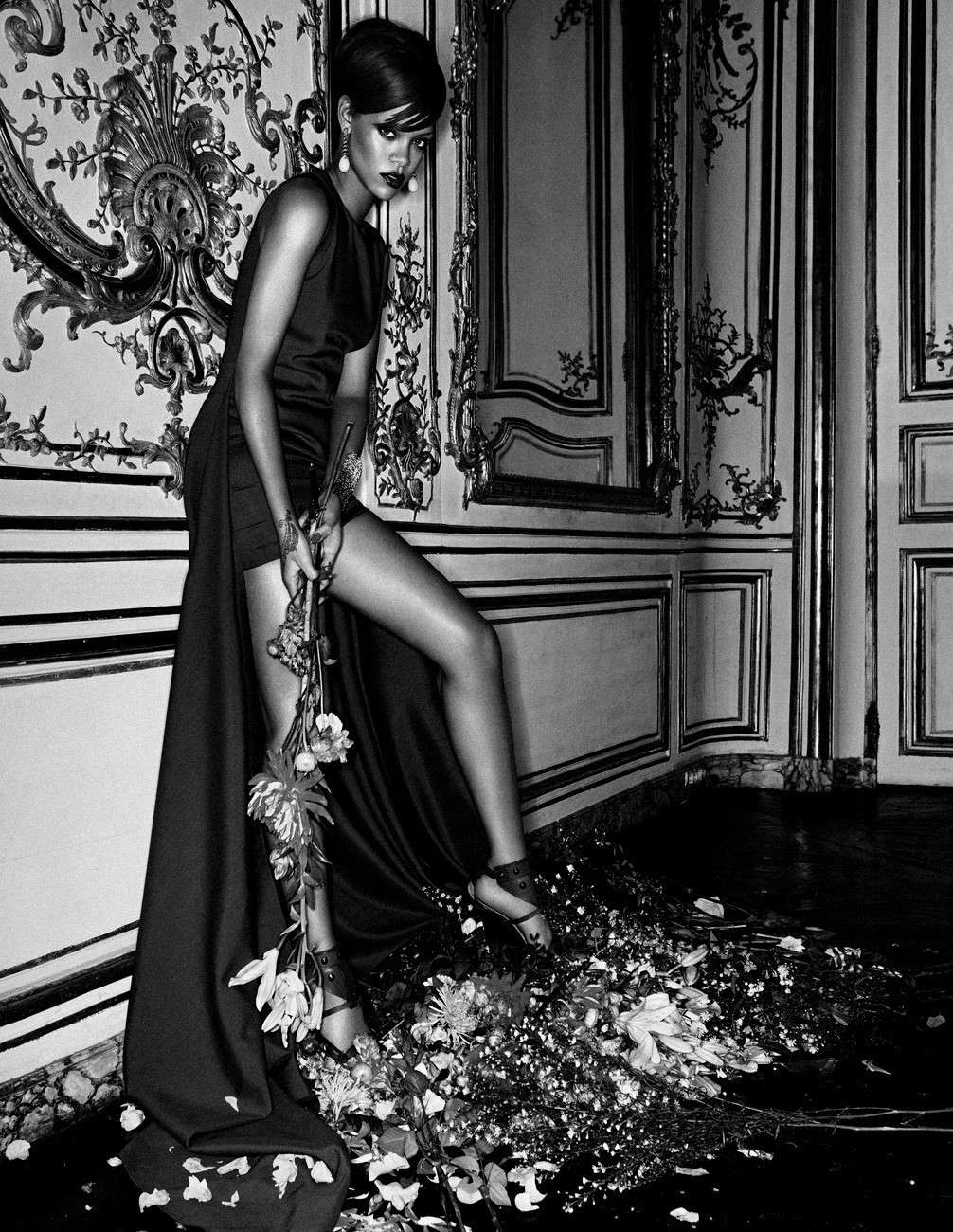 "Rihanna - ""Interview"" Magazine 2010 December Forum_69"