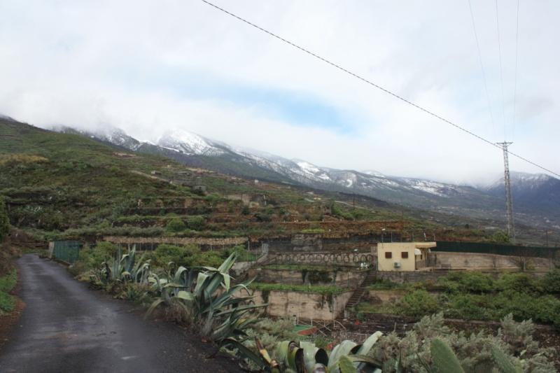 nevada vista desde el lado sur de la isla:Güímar Peq211