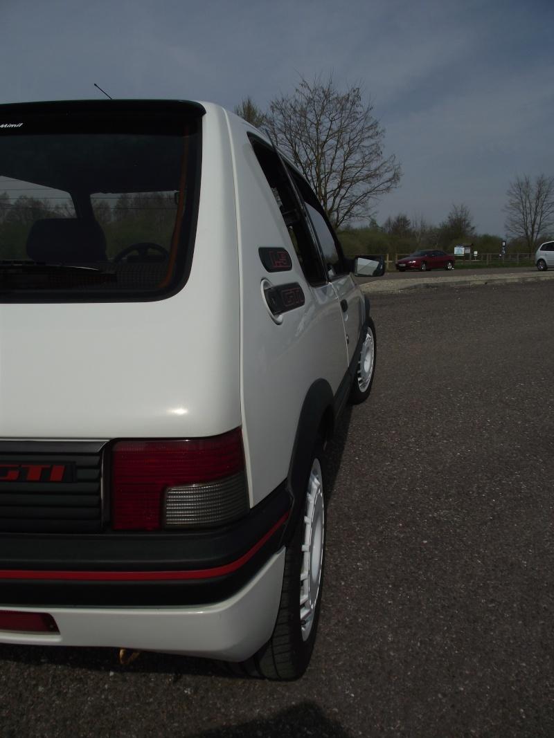 [steph70] 205 GTI 1.9L Blanc Meije 1991 Dscf0712