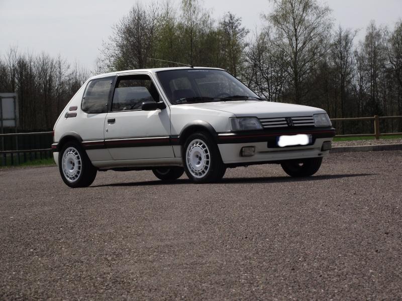 [steph70] 205 GTI 1.9L Blanc Meije 1991 Dscf0714