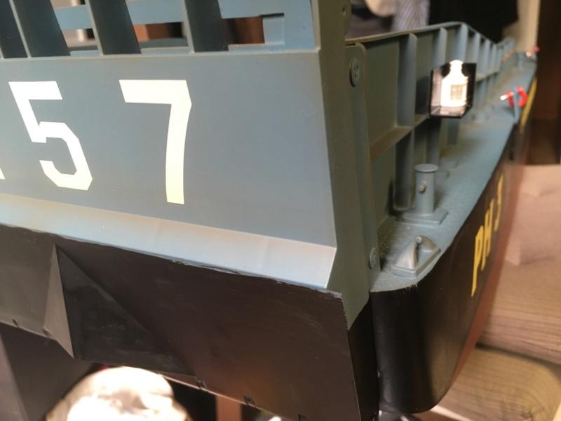 Schwerter zu Pflugscharen - aus Landungsboot wird Arbeitsboot Foto_216