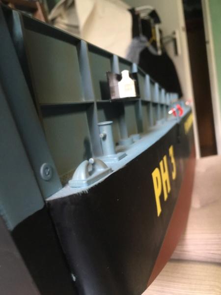 Schwerter zu Pflugscharen - aus Landungsboot wird Arbeitsboot Foto_218